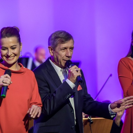 07.10.2016 Do serca przytul psa piosenki Jana Kaczmarka