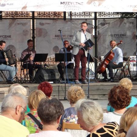 1.07.2021 Muzyczne Czwartki na Płockiej Starówce - Niezapomniane Melodie_2