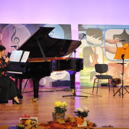 Miś Deremiś zaprasza na jesienny koncert - transmisja online. fot. Anna Przybylska-Głowacka_1