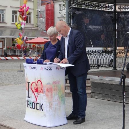 Podpisanie umowy na projekt Sali Koncertowej i zagospodarowania Placu Nowy Rynek_2