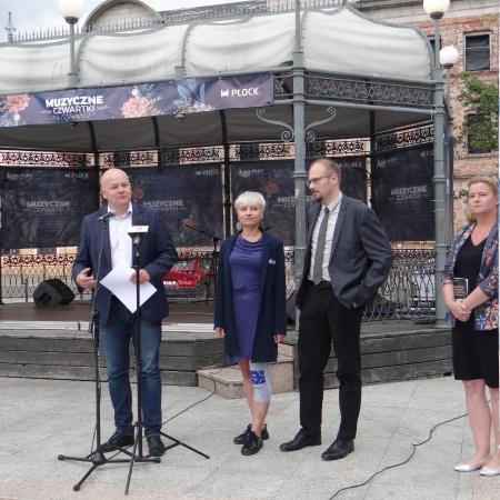 23.07.2020 Podpisanie umowy na projekt Sali Koncertowej i zagospodarowania Placu Nowy Rynek